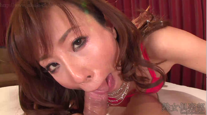 Jukujo Club is the best if you want uncensored JAV milf videos! I will explain it with a free erotic video