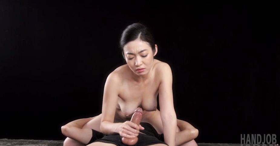 江波りゅうの無修正手コキ動画 HandJob Japan手コキジャパン