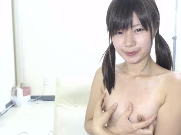 ロリ美少女とのエロチャット盗撮を無料エロ動画で無修正でお見せします